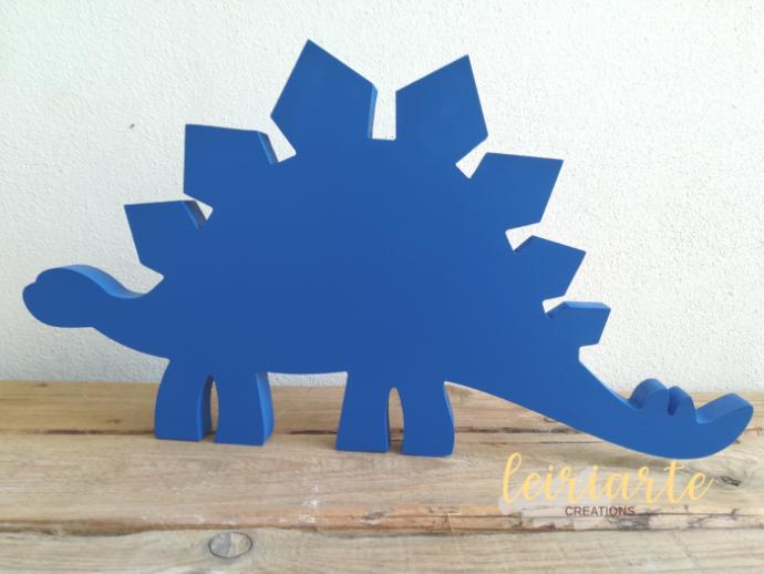 Dinossauros em mdf pintados